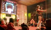 Trào lưu múa thoát y phản cảm tại các đám tang ở Trung Quốc