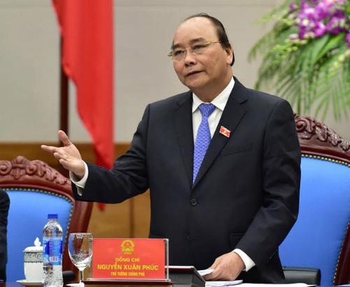 Thủ tướng Nguyễn Xuân Phúc chỉ đạo cán bộ công chức tuyệt đối không dự lễ hội trong giờ hành chính. Ảnh: VGP