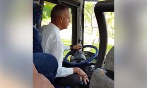 Tài xế xe buýt 'sợ đau cần số' gây bão mạng xã hội