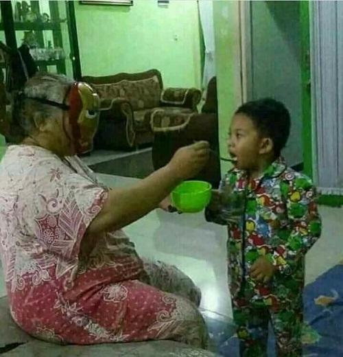 Người bà của năm.
