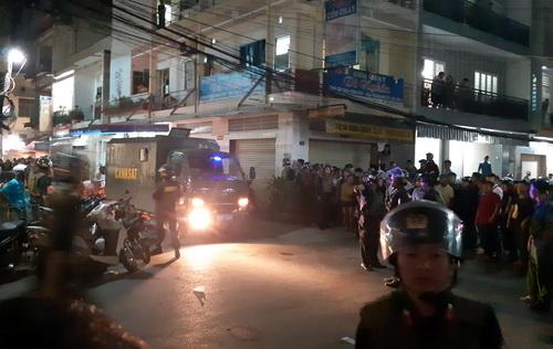 Đại úy cảnh sát bị thương khi vây bắt giang hồ hỗn chiến
