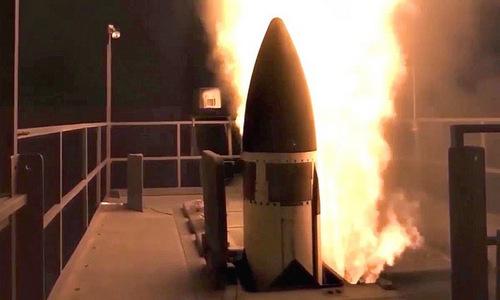 Tên lửa SM-3 Block IIA rời bệ phóng. Ảnh: MDA.