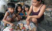 Món ăn từ bãi rác của người nghèo Philippines