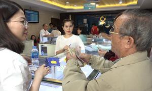 Vàng miếng Thần Tài hút khách Sài Gòn