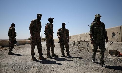 Các tay súng SDF ở khu vực Manbij. Ảnh: Sputnik.
