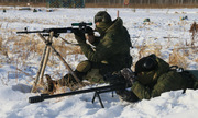Xạ thủ Nga trổ tài bắn trúng vỏ đạn cách 100 m