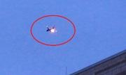 Máy bay Mỹ hạ cánh khẩn vì động cơ bắt lửa