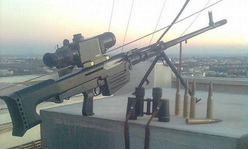 Hình ảnh súng trường OSV-96 tại Syria lan truyền trên mạng xã hội Nga. Ảnh: Twitter.