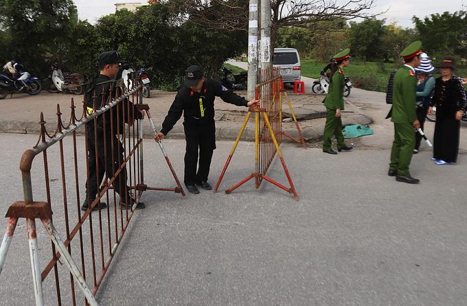 Đền Trần dựng rào sắt, lắp camera trước giờ khai ấn