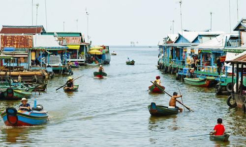 Người Việt Nam sống ở Campuchia. Ảnh: Aquaexpedition.
