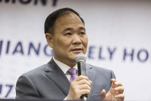 Lý Thư Phúc - tỷ phú Trung Quốc hiện là cổ đông cá nhân lớn nhất của tập đoàn Đức Daimler. Ảnh: Bloomberg.