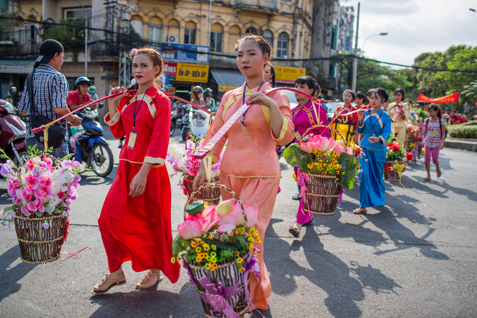 Người Hoa ở Sài Gòn diễu hành mừng Tết Nguyên tiêu