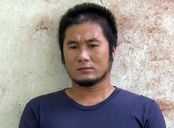 Tô Văn Bạc khai giết người tình hơn mình tám tuổi vì ghen. Ảnh: Lan Vy.