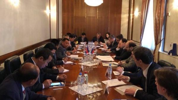 Giới chức chính phủ Nga - Campuchia họp tại Moscow. Ảnh: PhnomPenhPost.