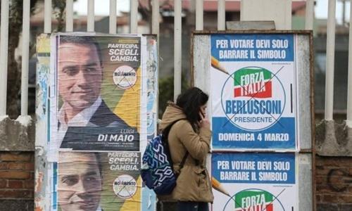 Các tổ chức thăm dò dư luận không thể đưa ra dự đoán đảng nào sẽ giành thắng lợi trong cuộc tổng tuyển cử đang diễn ra. Ảnh: Reuters.