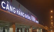 Một thanh niên vượt nhiều lớp an ninh đột nhập lên máy bay ở Vinh