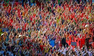 Hơn 3.000 người đồng diễn áo dài trên phố đi bộ Nguyễn Huệ