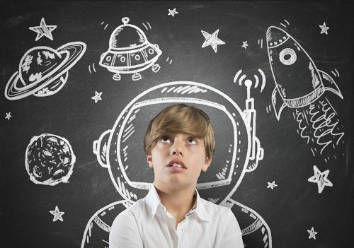 Người hay mơ mộng gọi là daydreamer. Ảnh minh họa: Our Kids Magazine