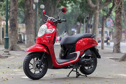 Honda Scoopy 2018 nhập khẩu Indonesia tại Hà Nội. Ảnh: Lương Dũng.
