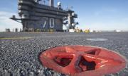 Vòng sắt đỏ lưu dấu xác Bin Laden trên tàu sân bay Carl Vinson