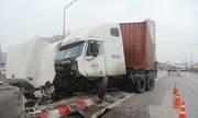 Đường vành đai 3 Hà Nội tắc nghẽn nhiều giờ vì tai nạn
