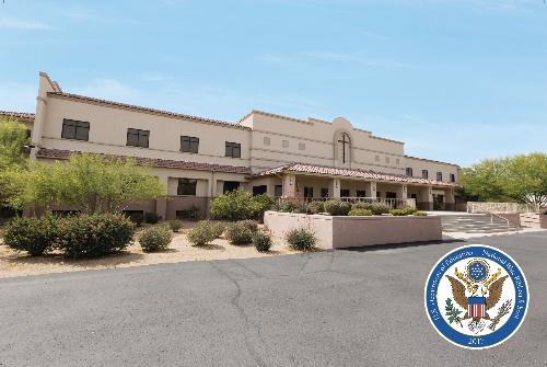 Trường trung học Seton Catholic tọa lạc tại thành phố Chandler có chương trình học chất lượng cao, phù hợp học sinh định hướng ngành kĩ thuật, lập trình trong tương lai.