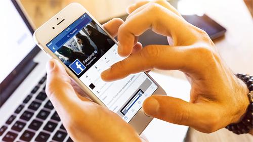 Mạng xã hội phải loại bỏ nội dung vi phạm trong vòng 3 giờ sau khi phát hiện, có ít nhất một hệ thống máy chủ đặt tại Việt Nam. Ảnh minh hoạ:NewsToday