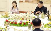 Vợ của Kim Jong-un cùng chồng thết đãi phái đoàn Hàn Quốc