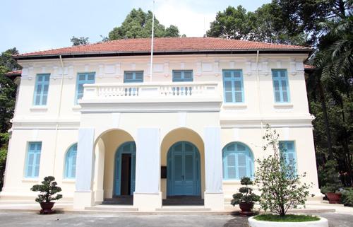 Căn biệt thự cổ trong khuôn viên dinh Độc Lập, trên đường Nguyễn Du, nơi sẽ diễn ra trưng bày Từ dinh Norodom đến dinh Độc Lập 1868-1966. Ảnh: Mạnh Tùng.