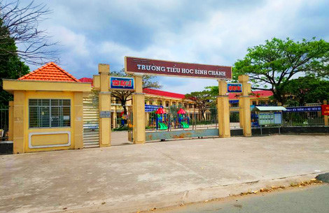 Trường Tiểu học Bình Chánh, nơi cô giáo quỳ gối xin lỗi. Ảnh: Hoàng Nam