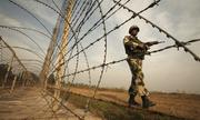 Pakistan bắn rơi máy bay không người lái Ấn Độ gần biên giới