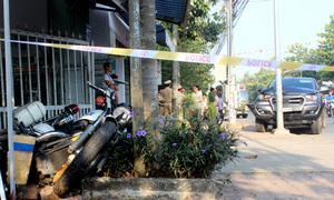Ôtô chở hàng lậu tông nhiều cảnh sát trong cuộc truy đuổi 20 km