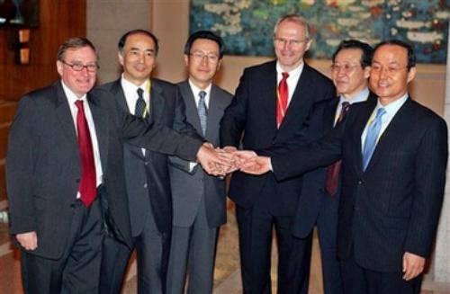 Đại diệnTriều Tiên, Hàn Quốc, Trung Quốc, Mỹ, Nga và Nhật Bản tham gia đàm phán 6 bên năm 2005 ở Bắc Kinh. Ảnh: AP.