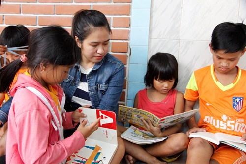 Nhiều học sinh có hoàn cảnh khó khăn bỏ học sau Tết. Ảnh: Võ Thạnh.