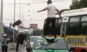 Video cô gái nhảy múa trên nóc ôtô bị tài xế đấm ngã xem nhiều tuần qua