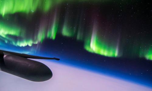 Bắc cực quang nhìn từ độ cao 21 km. Ảnh: Ross Franquemont.