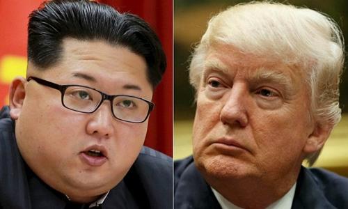 Tổng thống Mỹ Donald Trump (phái) và nhà lãnh đạo Triều Tiên Kim Jong-un. Ảnh: Reuters/AP.