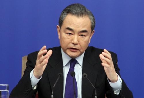 Ngoại trưởng Trung Quốc Vương Nghị trong cuộc họp báo hôm nay. Ảnh: SCMP.