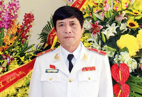 Năm 2009, ông Hoá chuyển từCục Cảnh sát điều tra tội phạm kinh tế sang làmCục trưởngCảnh sát phòng chống tội phạm sử dụng công nghệ cao. Ảnh: Công an nhân dân