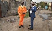 Quý ông Congo 'chắt bóp' để mặc đẹp gây hiếu kỳ tuần qua