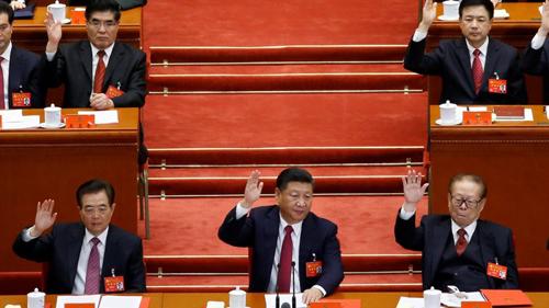 Hàng dưới, từ trái qua: Ông Hồ Cẩm Đào, ông Tập Cận Bình và ông Giang Trạch Dân. Ảnh: SCMP.