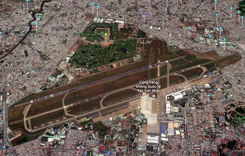 Cựu phi công Mai Trọng Tuấn đề xuất ý tưởng mở rộng Tân Sơn Nhất về hướng Đông để kết nối với sân bay Biên Hòa (Đồng Nai). Ảnh: Google maps