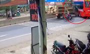 'Hung thần xa lộ' đâm thủng xe khách ở ngã ba tử thần