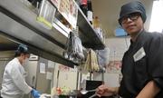 Nhật điều tra nghi vấn sinh viên Việt bị ăn chặn lương