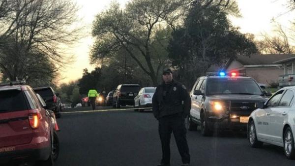 Cảnh sát phong toả hiện trường vụ án ở Austin. Ảnh: FoxNews.