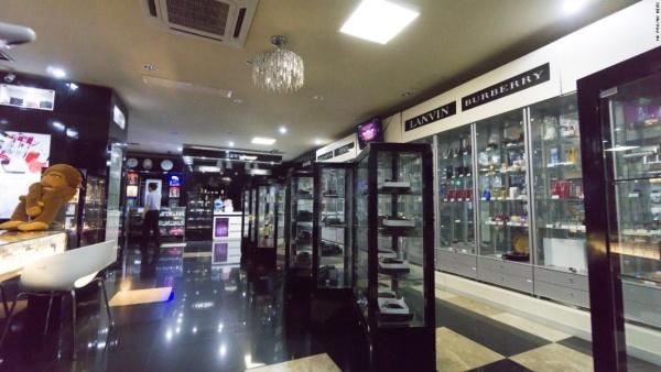 Đồ xa xỉ được bày bán tại Triều Tiên. Ảnh: NKNews.