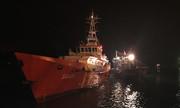 8 ngư dân Nghệ An gặp nạn trên biển được đưa vào bờ