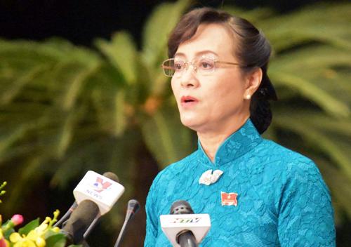 Chủ tịch HĐND TP HCM Nguyễn Thị Quyết Tâm phát biểu khai mạc kỳ họp bất thường. Ảnh: Trung Sơn