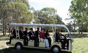 Toàn quyền Australia đưa Thủ tướng Nguyễn Xuân Phúc thăm vườn thú Kangaroo