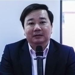 Ông Chử Xuân Dũng cho biết Hà Nội sẽ tiếp tục triển khai chương trình song bằng trong những năm tới. Ảnh: D.T